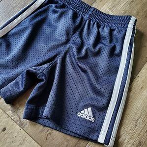 Adidas shorts 2T